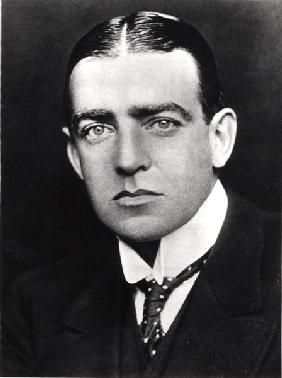 Ernest Shackleton (1874-1922) (b/w photo)