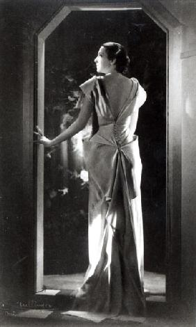 Dress designed by Madeleine Vionnet (1876-1975) (b/w photo)