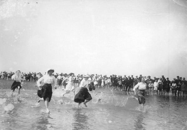 Travel / Sea bathing in Buesum 1911