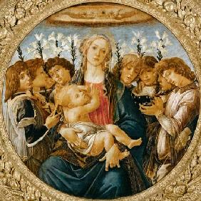 Maria with the child and singing angels
